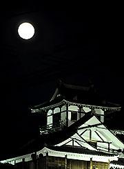 福知山城と中秋の名月