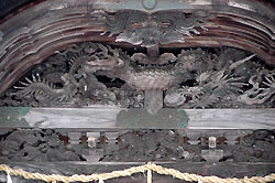 大原神社にある彫刻作品
