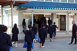 日新中学校全校集会