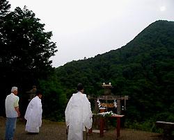 遥拝所で営まれた夏越大祓