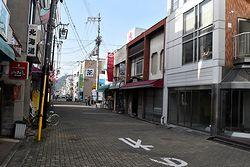 駅正面通り商店街