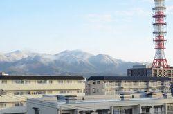 雪化粧した烏ケ岳