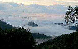 眼下に広がる雲海