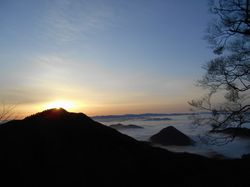 朝日に輝く雲海